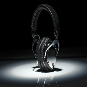 V-MODA Headphones Black silvery
