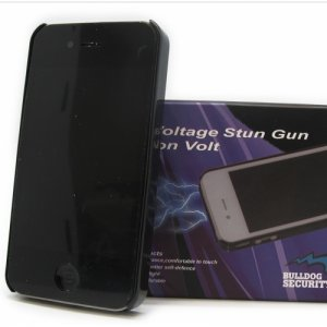 Bulldog Security 5 Million Volt iPhone 6/6S Stun Gun/Flashlight Combo- Black